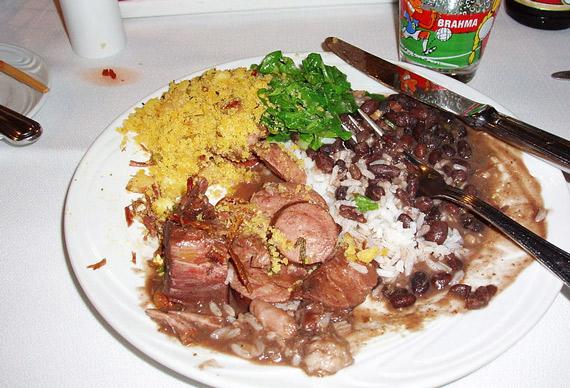Feijoada brasilianisch essen