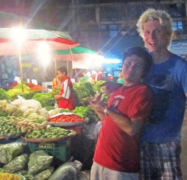 Unterwegs mit Thailänder Don - thailändischer Markt